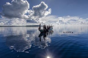 Gambar Eksploitasi Sumber Daya Perikanan Indonesia.